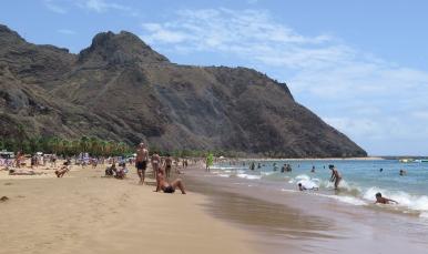 Strand von Las Teresitas, künstlich angelegt mit Sand der Sahara