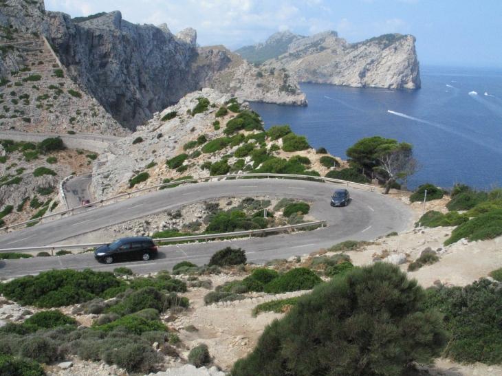 Blick vom Leuchtturm Cap Formentor ins Landesinnere