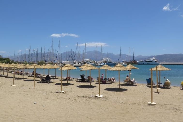 Strand von Agios Nikolaos.