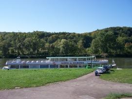 Schiffsanlegestelle in Kehlheim.