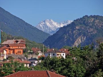 Fernblick vom Hotel Alpi zu den Alpen.