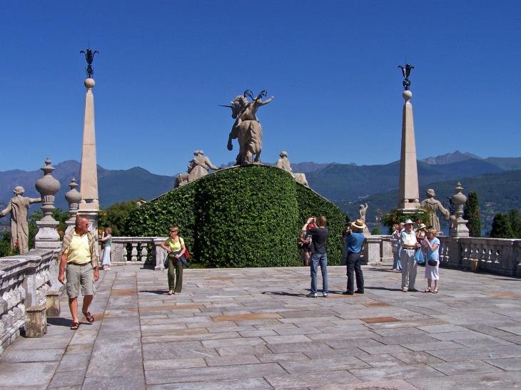 Reiterdenkmal auf der Insel Isola Bella.