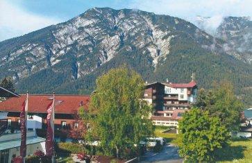 Die zauberhafte Bergkulisse von Pertisau.
