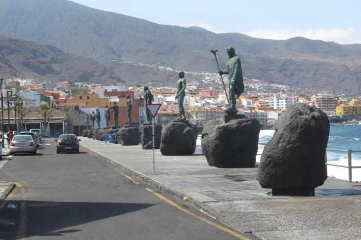 Die Gemeinde Candelaria - Guanchenhäuplinge in Bronze.