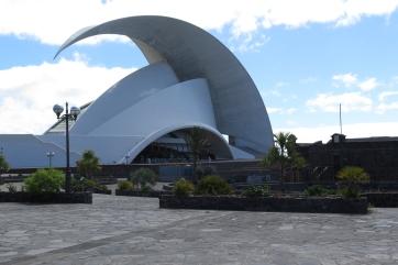 """Santa Cruz - Konzerthalle """"Auditorio""""."""