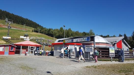 Mit der Seilbahn auf den Fichtelberg von Oberwiesenthal.